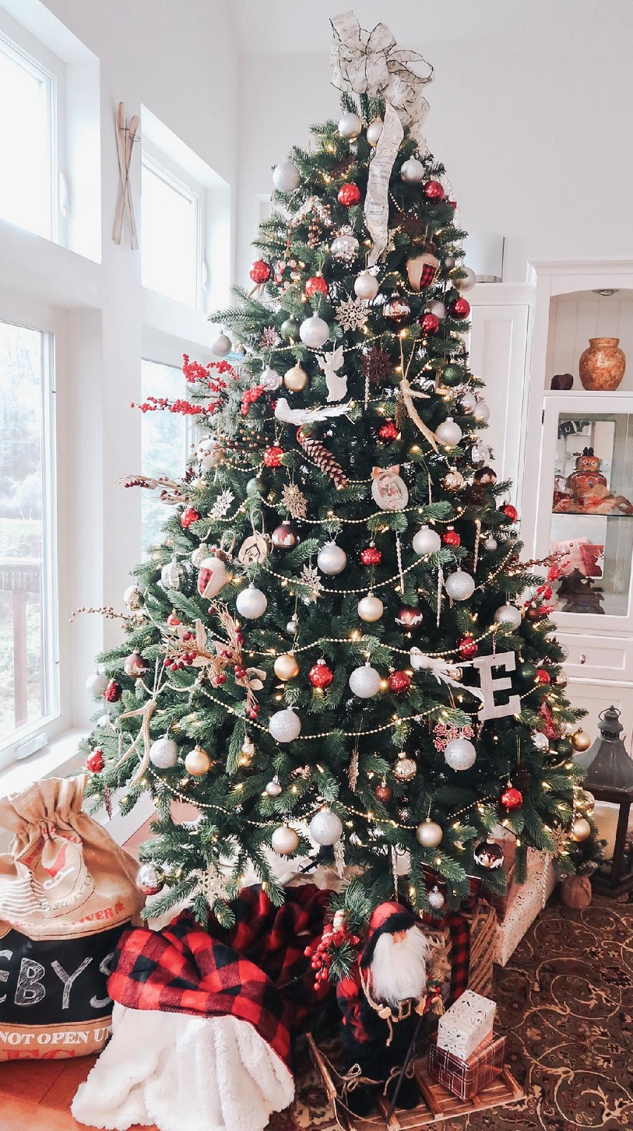 A Rustic Christmas Tree With Tree Classics At Home With Haley